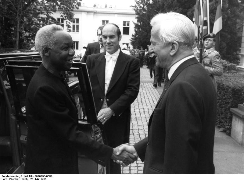 Bundesarchiv B 145 Bild F070296 0088 Bonn Besuch Praesident von Tansania Julius Nyerere