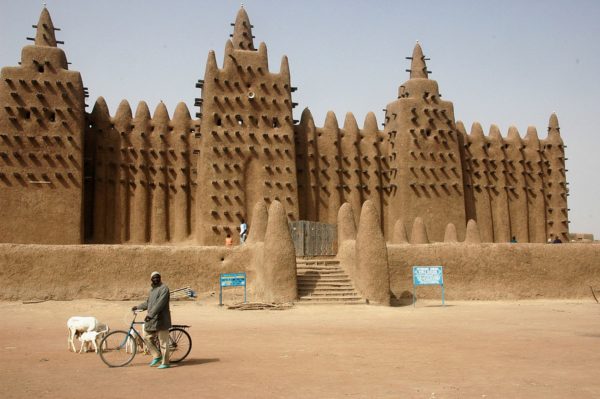1200px Djenne great mud mosque