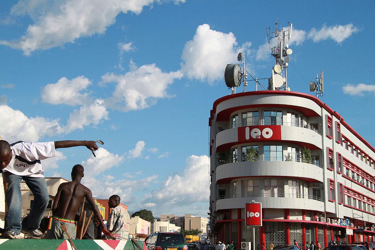 1200px Leo 2 Bujumbura 5846644762