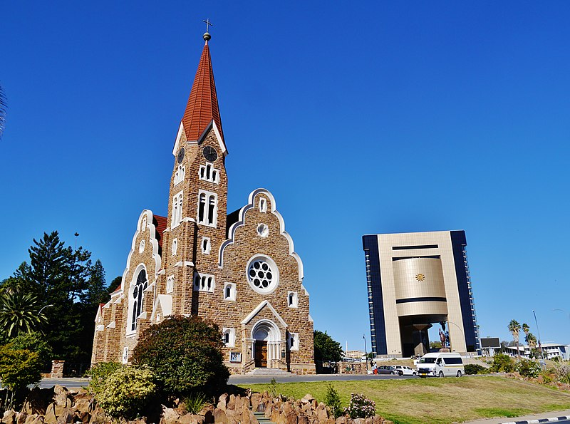 800px Windhuk Christuskirche Independence Memorial Museum 2